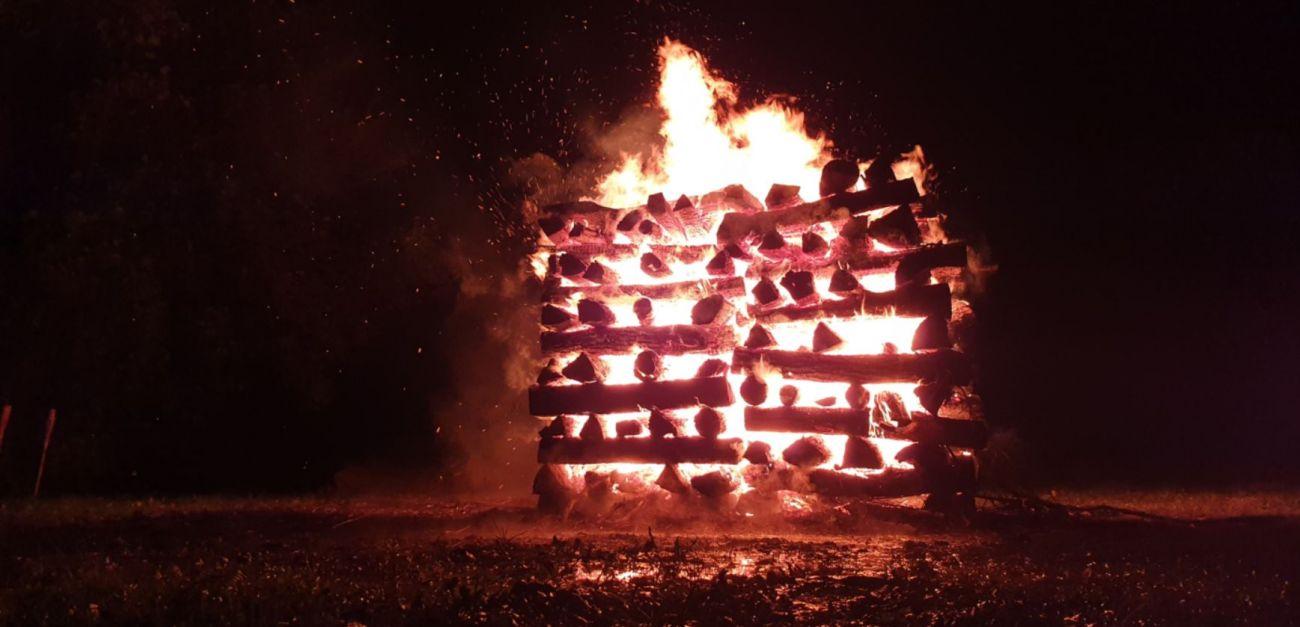 Slika vatre Neven Carin fire
